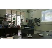 Đoàn giáo sư Đại học Hawai thăm phòng thí nghiệm chuyên sâu Điện tử công suất