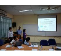 Giảng viên tham gia chương trình HEEAP 2013 báo cáo tại Khoa Điện-Điện tử